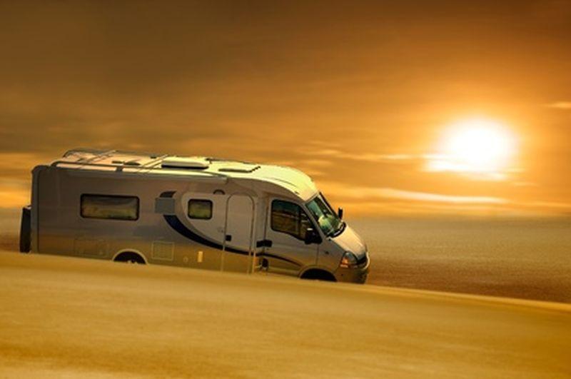 mit dem camper sicher unterwegs tipps f r gespannfahrer campingausr stung. Black Bedroom Furniture Sets. Home Design Ideas